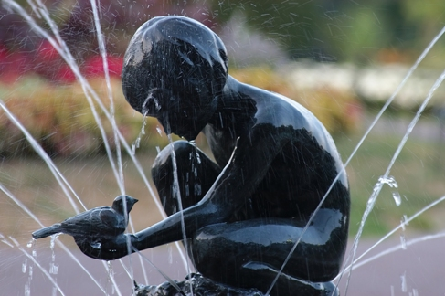 This Statue is found in the Boston Public Garden. The artist was a former student of the local School of the Museum of Fine Arts, Bashka Paeff. Please see the following link the Website: http://www.publicartboston.com/content/boy-and-bird-fountain