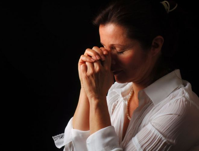 Praying-Woman-1